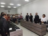 CÂMARA ENTREGA TÍTULO DE CIDADÃO ACARIENSE A 17 AGRACIADOS