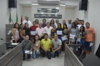 Câmara Municipal de Acari entrega certificados a alunos do curso de Operador de Computador