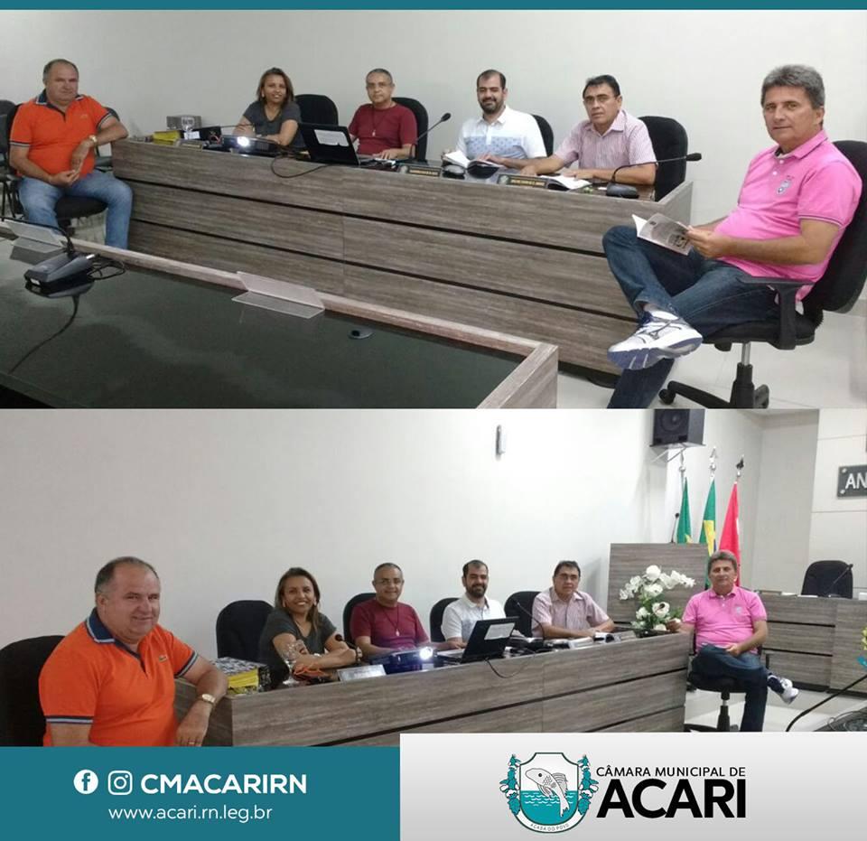 COMISSÃO TRABALHA NA REVISÃO DA LEI ORGÂNICA MUNICIPAL E DO REGIMENTO INTERNO DA CÂMARA