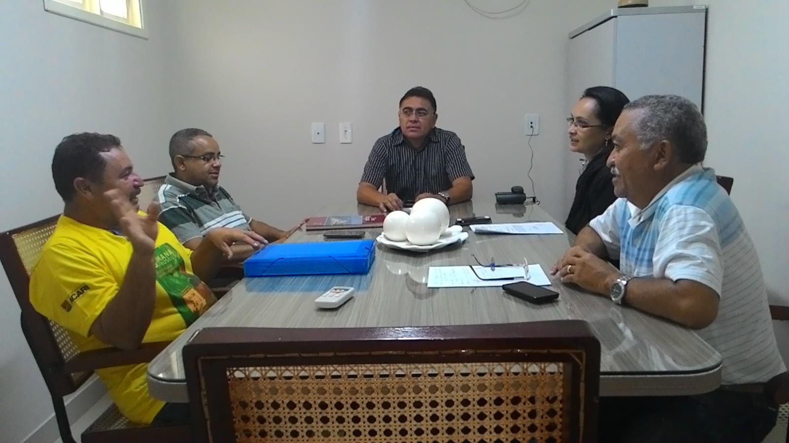 Foi realizada no dia 20 de abril de 2016 no prédio da Câmara Municipal de Acari uma reunião a respeito do tombamento dos prédios do município de Acari.