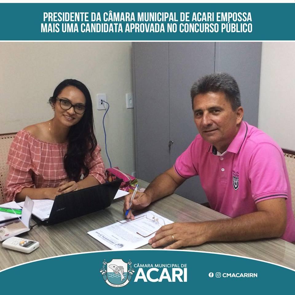 PRESIDENTE DA CÂMARA MUNICIPAL DE ACARI EMPOSSA MAIS UMA CANDIDATA APROVADA NO CONCURSO PÚBLICO