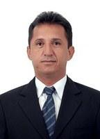 Solicitação de implantação de um meio-fio na rua Francisco Ferreira Chaves
